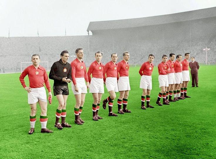 """Hungarian national football team (""""Aranycsapat"""") before their match at Wembley, 1953"""