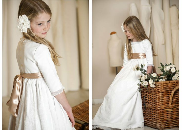 Ordered! Can't wait to see her in it! White Muslin and a raw linen bow. Love cotton dresses.  teresa y Leticia I Ropa de niños