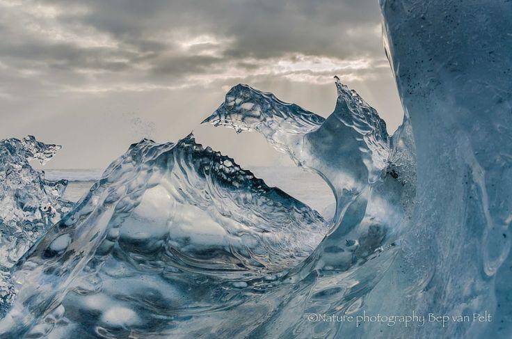 Ice art by nature Skeldararjokull beach by Elizabeth Anisclo (Bep van Pelt) - Photo 180288201 / 500px