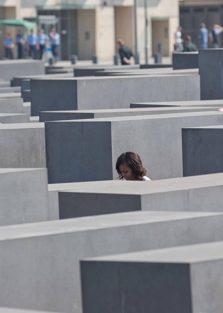 Jaw-Dropping Visualization Will Give You New Respect For The Sheer Number Who Died In WWII