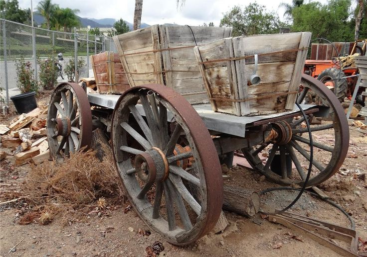 Worn out wagons wheels pinterest old wagons for Things to do with old wagon wheels