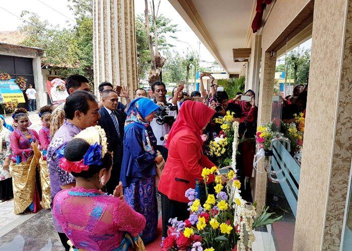 Hersya Front One Inn Surabaya, New Thematic Budget Hotel
