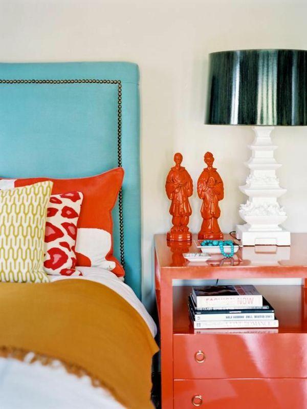 Die besten 25+ Blaue nachttische Ideen auf Pinterest Nachttisch - schlafzimmer orange