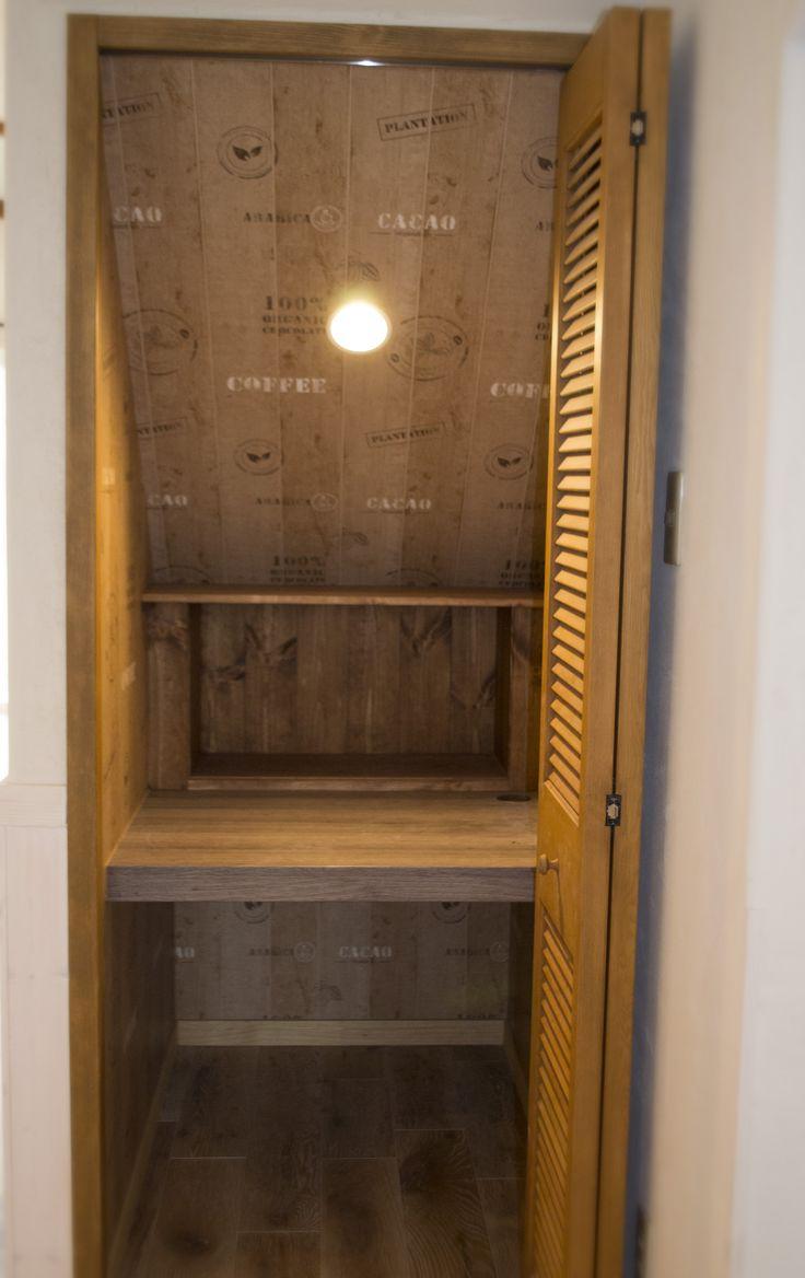 大きな吹抜けのある家(web オープンハウス vol.3) | ジェニュインの ... 階段下収納