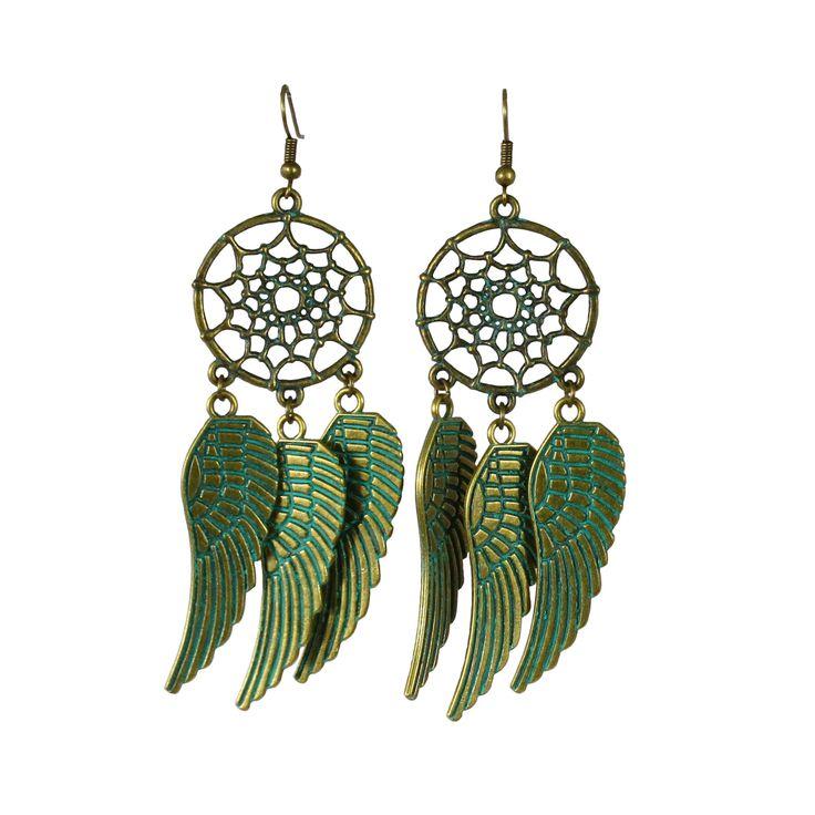 Örhängen drömfångare, ett stort drömfångar hänge och 3 stora vingar på varje örhänge.