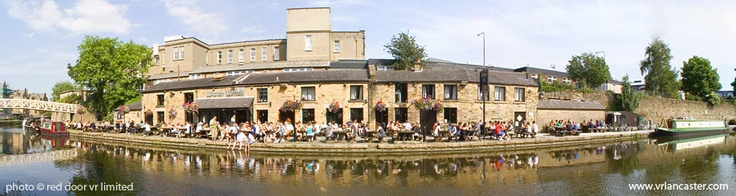 Great canal side pub in Lancaster UK