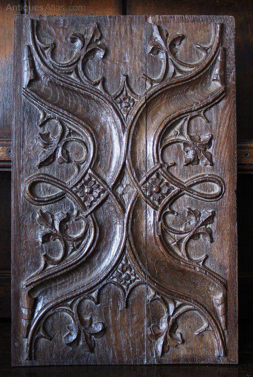 Antiques Atlas - 16th Century Oak Parchemin Panel Enriched parchemin panel formed of Gothic arches and fleur de lis cusped crocketts.