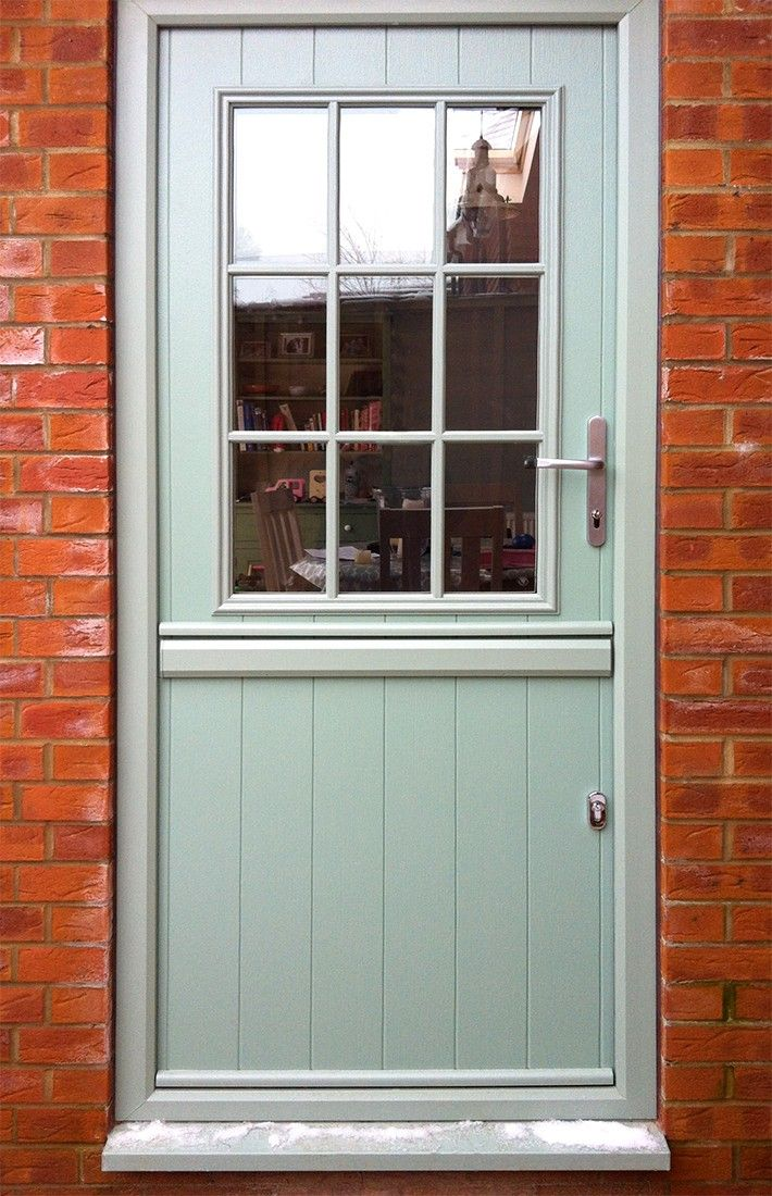 Part of our Composite Stable Door Range from the Solidor Collection, you can design your perfect new front door online and get a quote and have it fitted anywhere in the UK. #timbercompositedoors #solidor #solidorcompositedoors #compositedoors #newfrontdoor #compositestabledoors