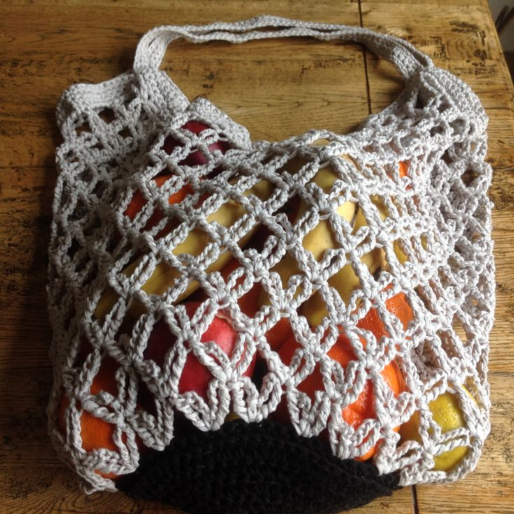 Crochet shopper