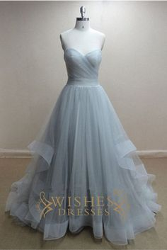 Organza fabric bridal gown with sweetheart neckline and floor length skirt. Neckline:Strapless Length:Floor length Details:Ruched Fabric:Organza Color:Sky Blue,Blue,Grape,Black Size:Any Size,Made from