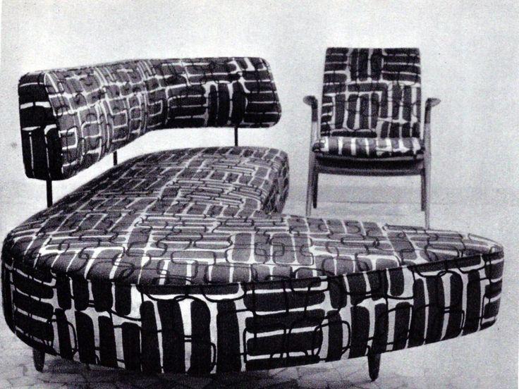 Prima Selettiva, dicembre 1955, Taichiro Nakay (Giappone), divano ad angolo, e poltrona Esecuzione La Permanente Mobili, Cantù da Domus, 1955