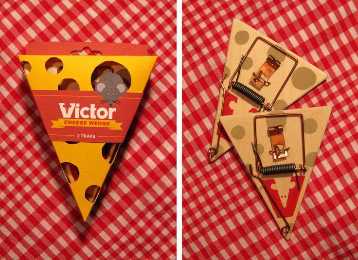 Дизайнер Kyle Hebert создал проект упаковки для мышеловок бренда Victor, почерпнув вдохновение из любимой еды мышей, из сыра. Кусок сыра используется как форма самих мышеловок, а также как форма коробок для их упаковки. Коробка треугольной формы изготовлена из картона и окрашена в цвет сыра, на внешней стороне коробки сделаны отверстия, напоминающие крупные дырки швейцарского сыра, сквозь которые покупатель может рассмотреть упакованные в коробку мышеловки.  http://am.antech.ru/tIXK