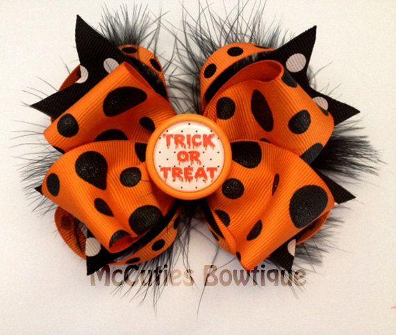 Halloween hair bow with marabou. $9.00, via Etsy.
