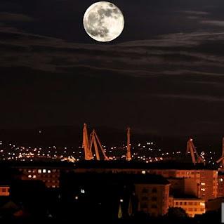 Big moon over Ferrol