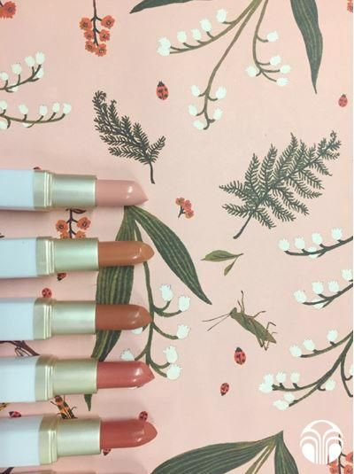Pretty pinks and no-nonsense neutrals. Re-pin if you love these shades as much as we do!