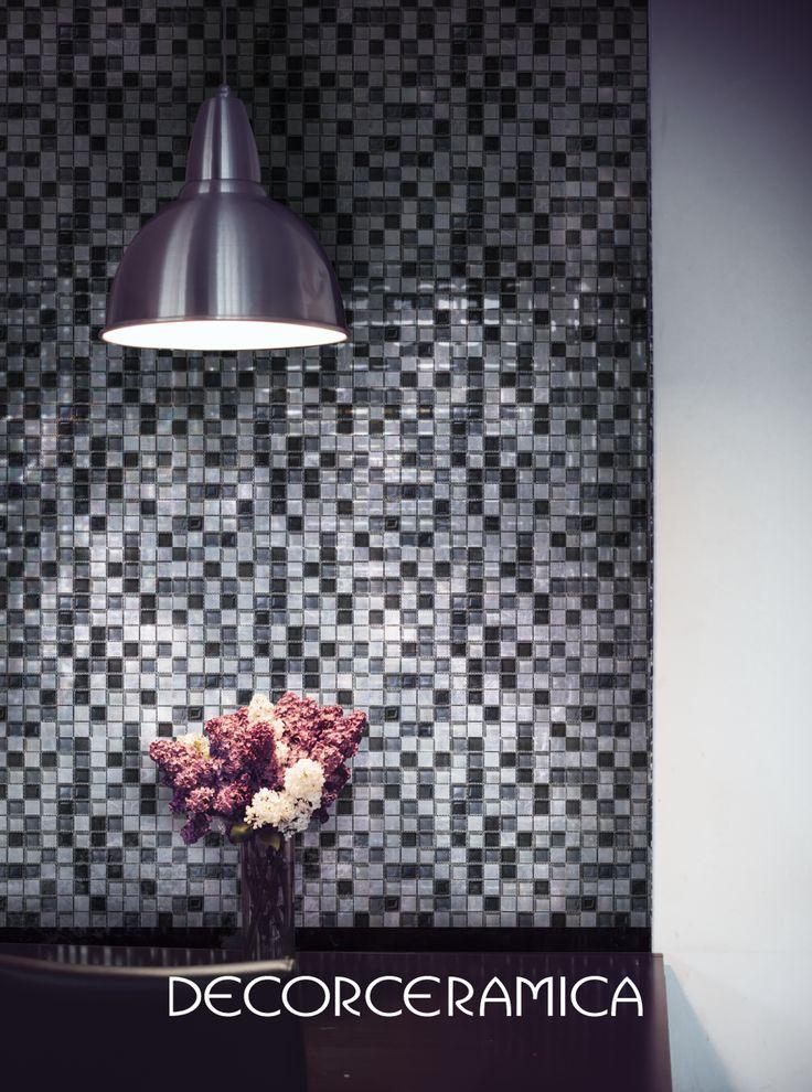 El mosaico más exótico de la semana está hecho en piedra natural…  Verlo y tocarlo es todo un placer. https://goo.gl/4euvCF #Decorceramica #Siemprealgonuevo #Inspiradoenti #mosaicos #paredes #casanueva #casamoderna #interiorismo #diseñointerior