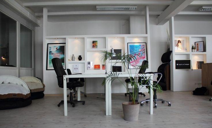 Vier Arbeitsplätze in Frankfurter Loft in Gallus #Büro, #Bürogemeinschaft, #Office, #Coworking, #Frankfurt