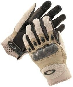 The Oakley SI Assault Tactical Military Gloves protect your hands from damage while on duty. Click here to get these top quality gloves.