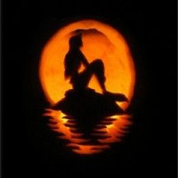 Pumpkin Carving Ideas for Halloween....safjhfgjkfdghdfg ARIEL PUMPKIN!!!