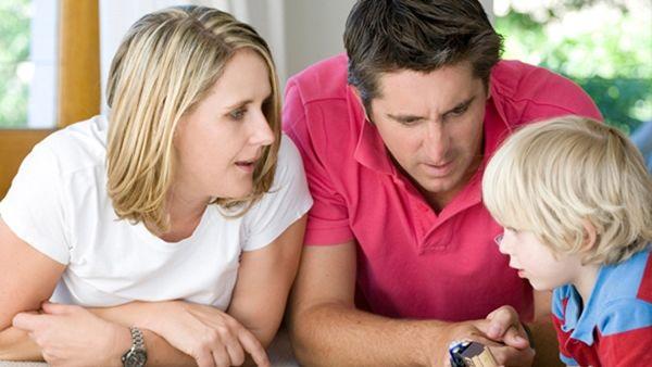 Αυτά πρέπει να κάνεις για να σου μιλάει το παιδί σου για όλα όσα το απασχολούν