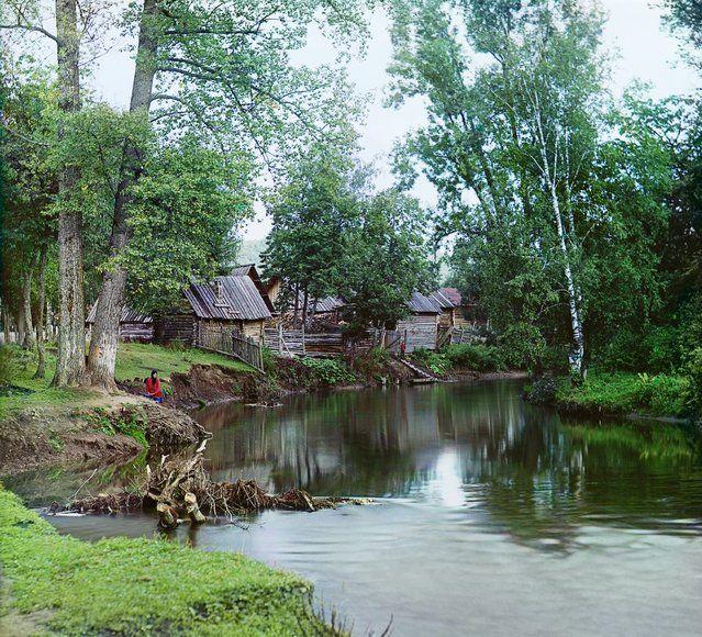 Photos by Sergey Prokudin-Gorsky. On the Sim River near the Asha-Balashovskii Station. Russia, Ufa Province, Ufa uyezd (district), Asha town, 1910