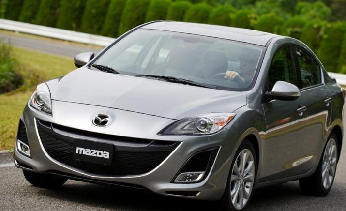 Mazda 3 Sedan auto - http://autotras.com