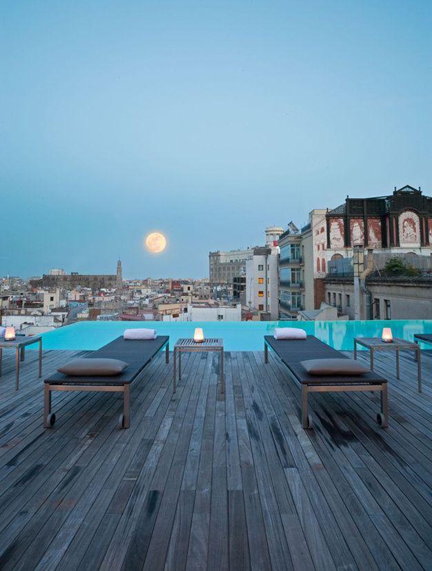 Les plus beaux rooftops du monde - The Sky Bar - Barcelone
