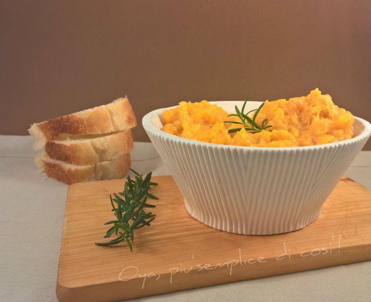 Purè di zucca, ricetta semplice e saporita. http://blog.giallozafferano.it/oya/pure-di-zucca-ricetta-semplice/