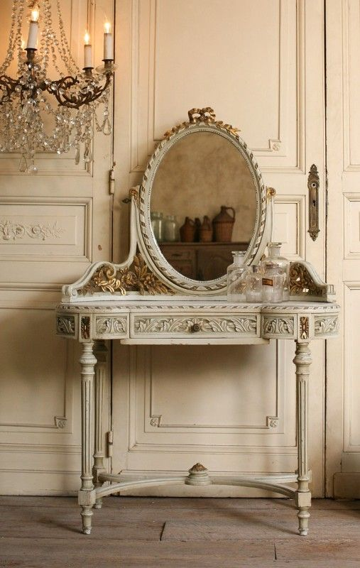 Vintage Louis XVI French Style Vanity Gilt Roses... loving this so much.