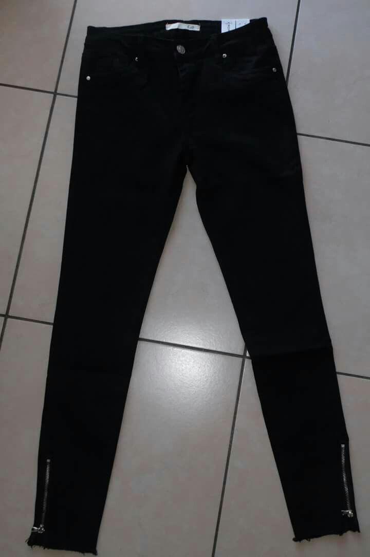 Jeans nero super strech Con zip alle caviglie Vendite on linea di abbigliamento donna