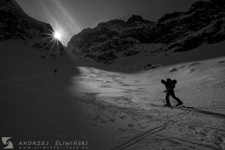 Skitouring in the Tatra Mountains. #mountainphotography