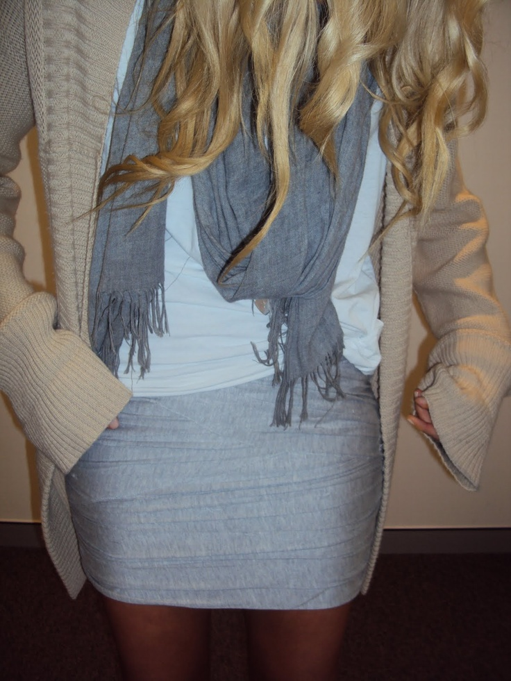 big cardi, t-shirt, scarf and pencil skirtBig Sweaters, Colors Combos, Fashion, Minis Skirts, T Shirts Scarves, Fall Winte, Winter Outfit, Mini Skirts, Pencil Skirts