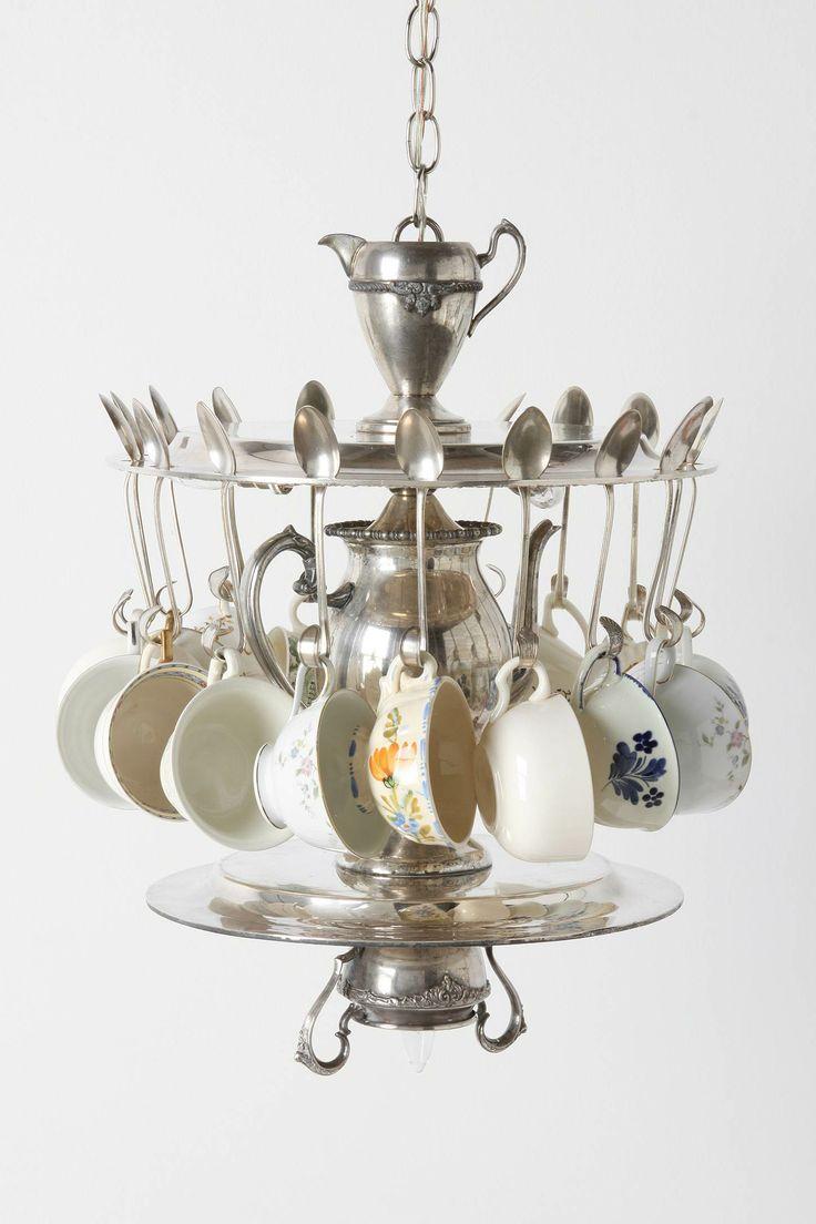 Chandelier.Lights, Vintage Teacups, Time Chandeliers, Tea Time, Teas Time, Teas Cups, Tea Cups, Teas Parties, Teatime