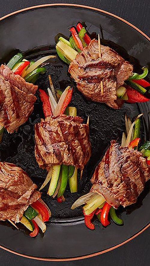 Try these healthy, low-carb recipe ideas you'll actually be excited about from @stylecaster | @Tablespoon's Balsamic Glazed Steak Rolls