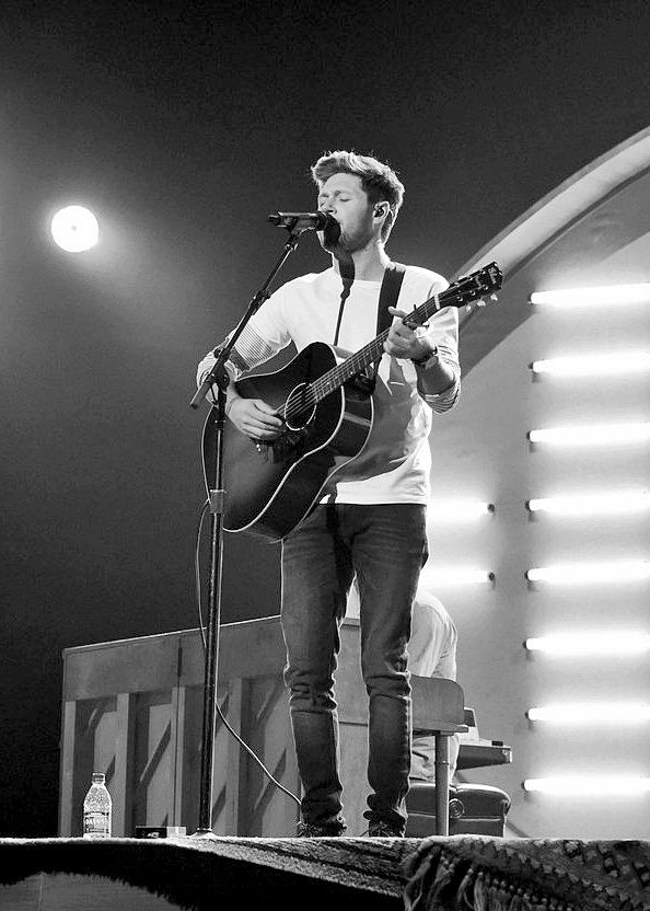 Niall at rehearsals for the AMAs