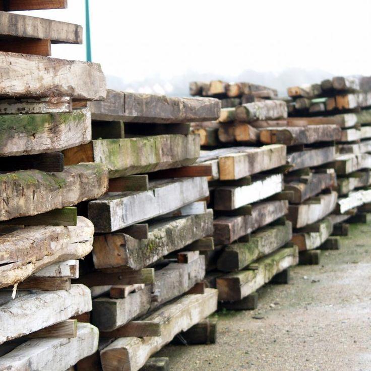 Bois de chêne brut pour solives anciennes