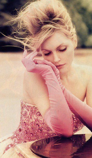 .: Sophie Dahl, Blushes Pink Dresses, Pretty In Pink, Photo Poses, Pink Ladies, Photography Style, Pink Gloves, Hair Style, Fashion Photography