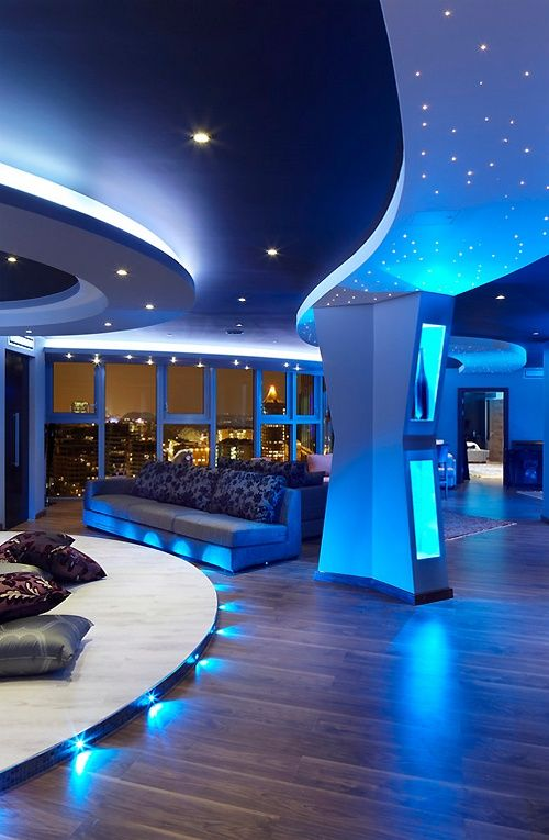 Amber and Natalie! Our pent house!