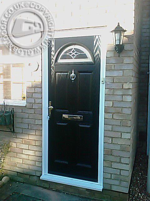 black-4-panel-1-arch-global-composite-door-4