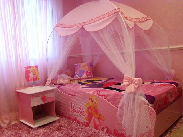 Lovely BARBIE BEDROOM