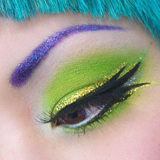 glitter!Eye Makeup, Dramatic Eye, Cool Eyeshadows, Eyeshadows Shanalog, Limes Green Makeup, Green Eyeshadows, Acidberri Eyeshadows, Eyeshadows Art, Eyemakeup