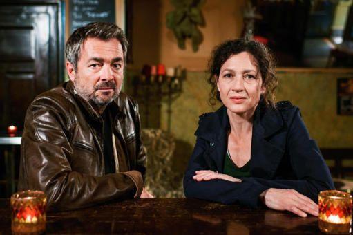 Tatort Luzern // Die Kommissare Delia Mayer (Liz Ritschard) und Stefan Gubser (Reto Flückiger) ermitteln wieder in Luzern. Dreh ab 1.6.2015.