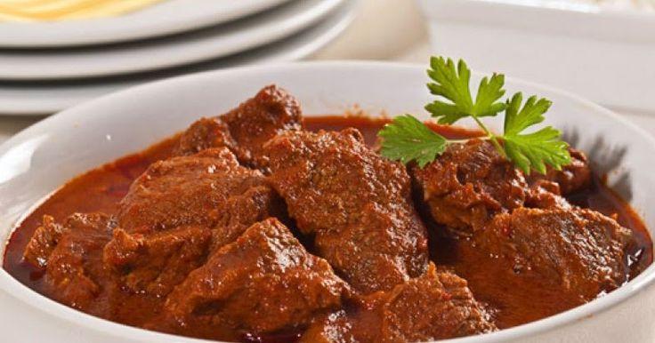 COMIDINHAS FÁCEIS: Acém cozido na pressão com molho de pimenta