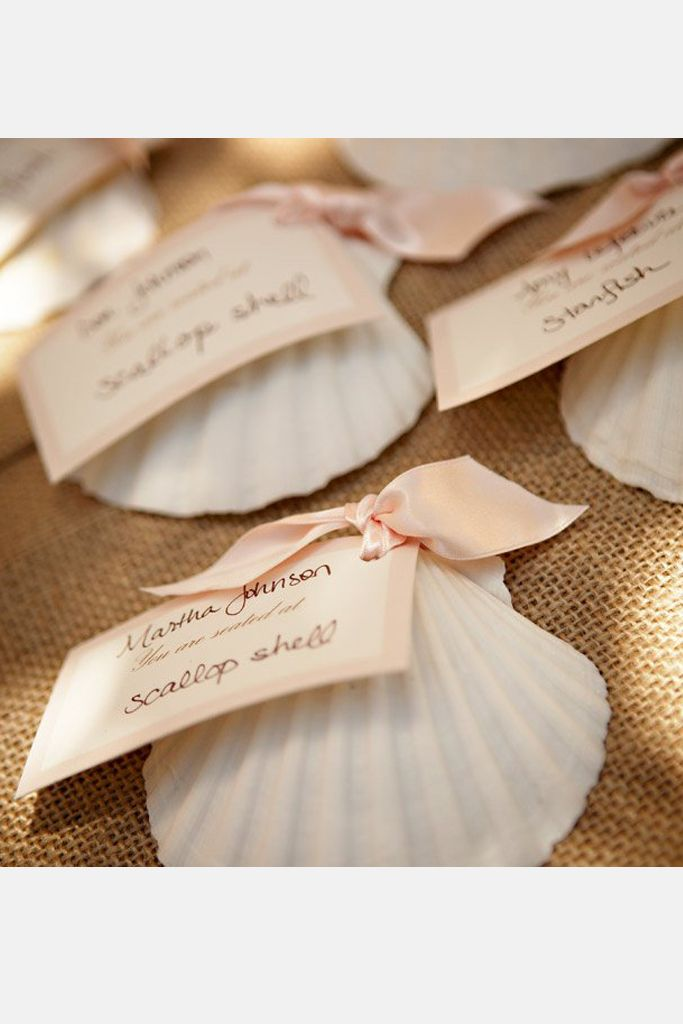 11 Clever Place Cards ~  we ❤ this! moncheribridals.com  #weddingescortcards