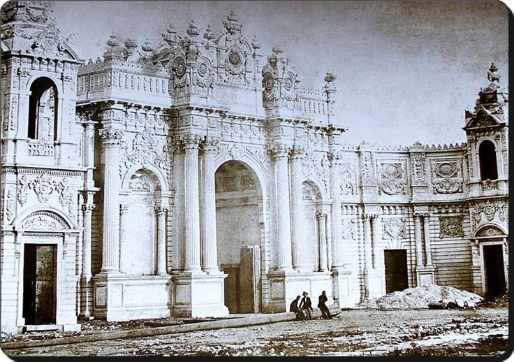 Dolmabahçe sarayı inşaatı - 1854