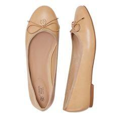 cushion-walk-neutral-ballet-flat-with-charm-detail