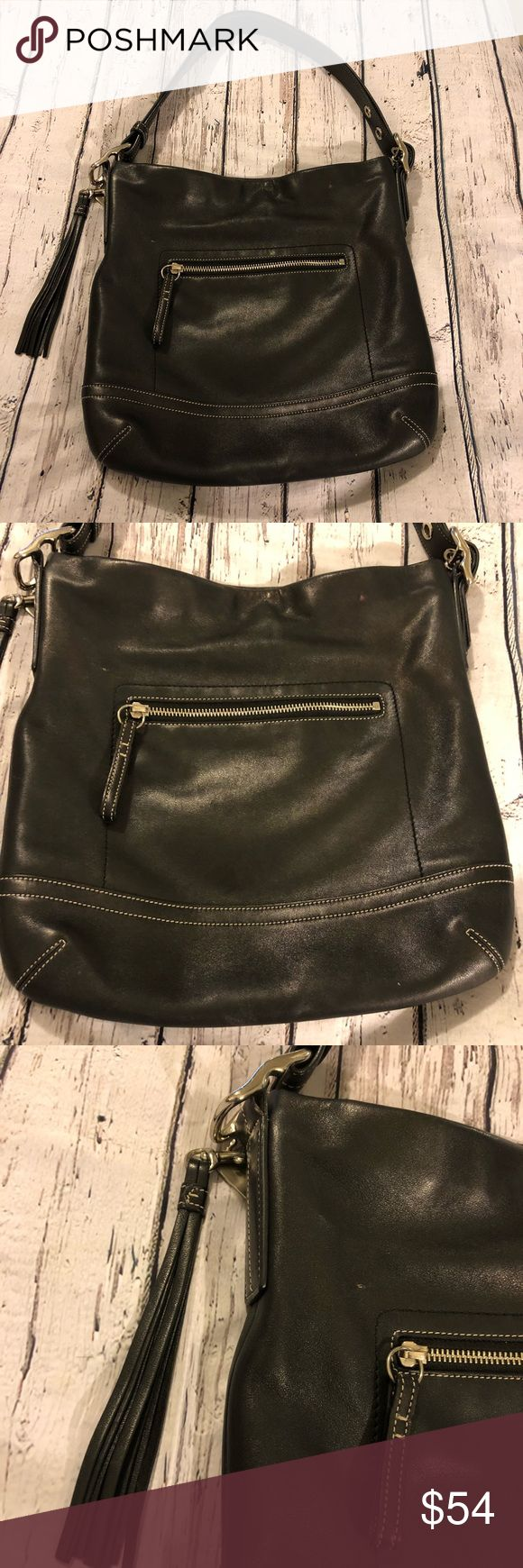 Coach Purse Black Cross Body Pocketbook Hand Bag Coach Purse  Excellent condition  Minimal signs of wear  Not brand new, but close.  Clean inside  No weird odors  Smoke free pet free home  Across measures 12  Length measures 12/13  Strap drop 9 Coach Bags Shoulder Bags