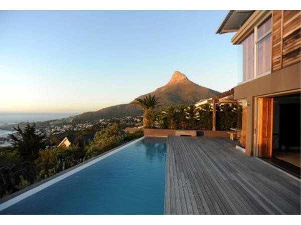 Camps Bay Luxury apartment, located right near the beach.  3 bedrooms, 2 bathrooms and a double garage