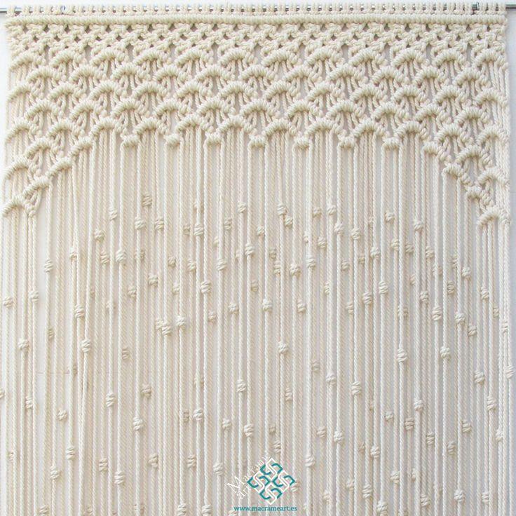 Cortina de macramé modelo ondas. Puedo hacer la cortina de macramé que te guste. Las elaboro por encargo y a medida. Entra a visitar la web. Te espero