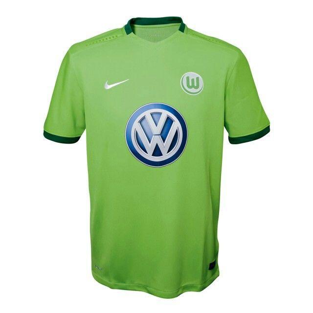 Wolfsburg home 16/17